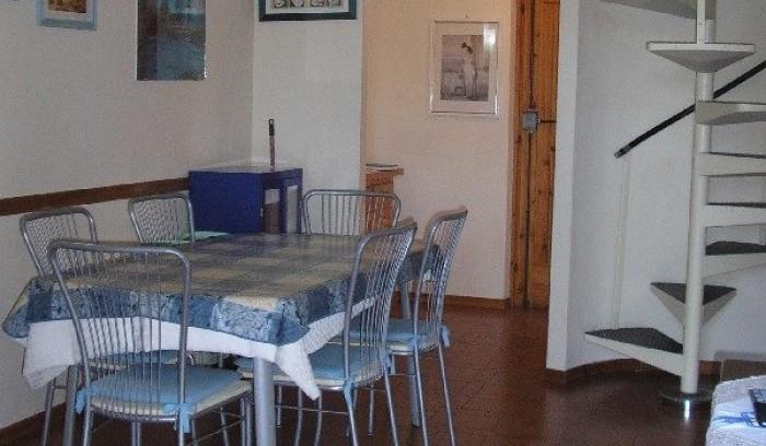 Riferimento AD 140 - Appartamento in Affitto a Viareggio