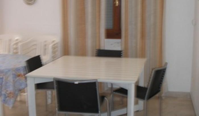 Riferimento A 19 - Appartamento in Affitto a Viareggio