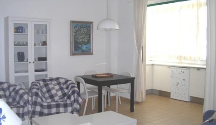 Riferimento A 23 - Appartamento in Affitto a Viareggio