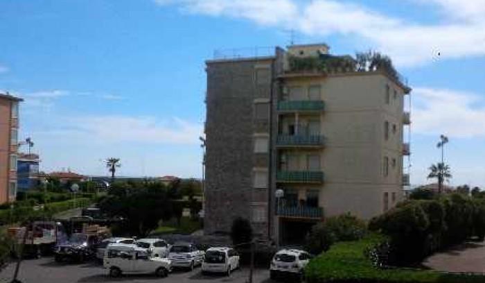 Riferimento A 141 - Appartamento in Affitto a Viareggio