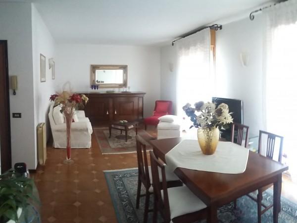 Riferimento 1E1.500 - Appartamento in Vendita a Viareggio