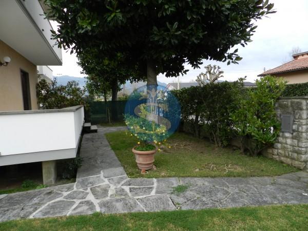 Riferimento SA141mare - Villa in Affitto a Marina Di Pietrasanta