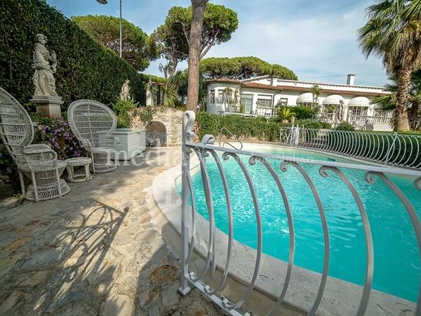 Riferimento M0247 - Villa in Vendita a Historical Centre