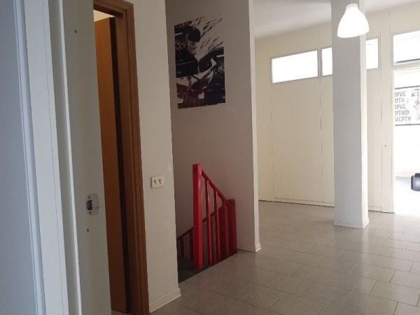 Riferimento EC5034 - Fondo Commerciale in Affitto a Empoli