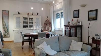 Appartamentoin Vendita, Pietrasanta - Centro Storico - Riferimento: 797