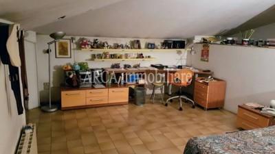 Villain Vendita, Pietrasanta - Campagna - Riferimento: 2657