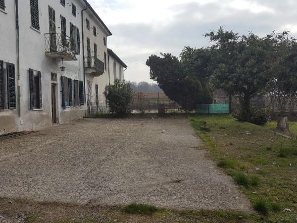 Riferimento 242CA - Rustico in Vendita a Valmadonna