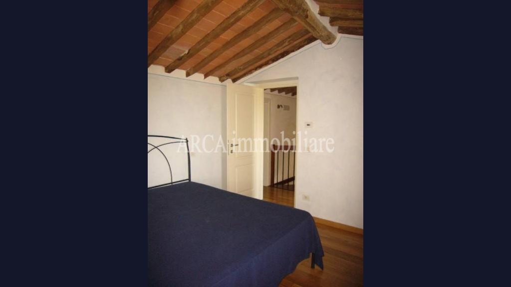 Casa Semi Indipendentein Vendita, Pietrasanta - Capezzano Monte - Collina - Riferimento: 1044