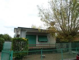 Riferimento VV917 - Villa in vendita a Marina Di Pietrasanta