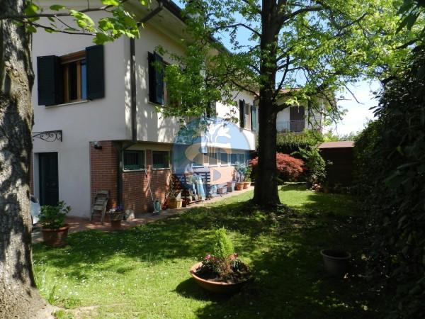 Riferimento SA1080 - Villa in Affitto a Pietrasanta