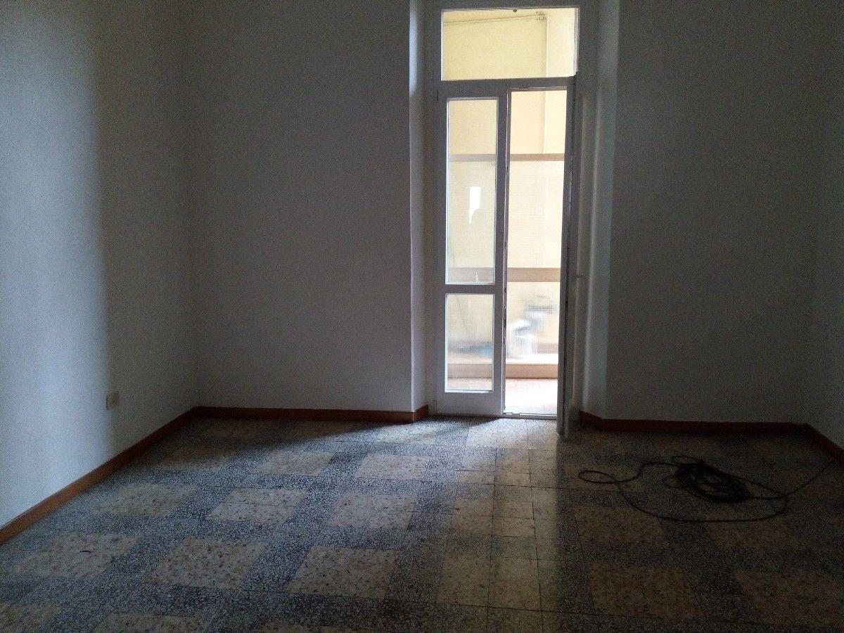 Appartamento in affitto a Alessandria, 9999 locali, prezzo € 400 | CambioCasa.it