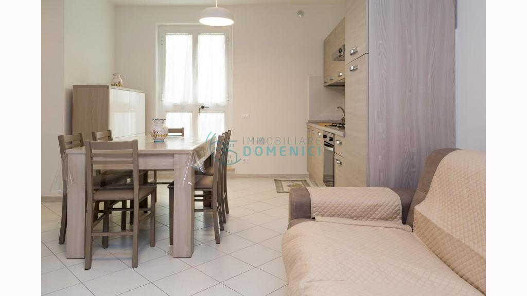 Appartamento Indipendentein Affitto, Camaiore - Lido Di Camaiore - Zona Mare - Riferimento: ldc001