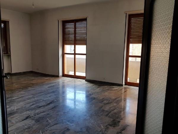 Riferimento 303AE/AF - Appartamento in Affitto a Piazza Genova