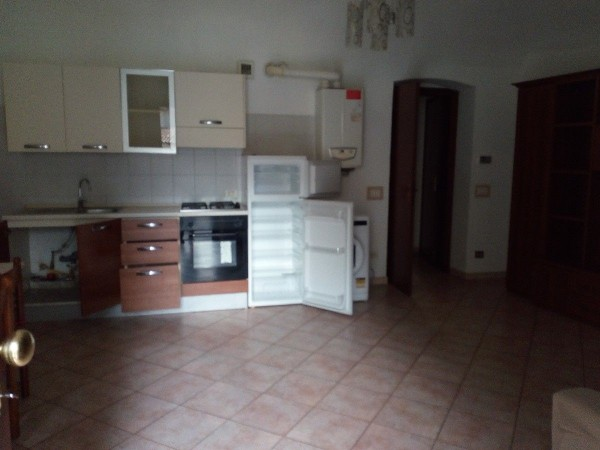 Riferimento 313AE/AF - Appartamento in Affitto a Centro