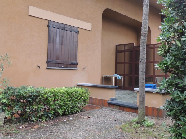 Portion of Villa for rent, Forte dei Marmi, Vittoria Apuana