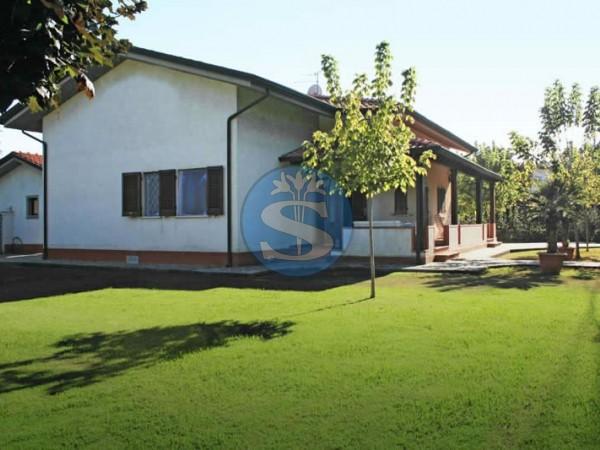 Riferimento SA544 Simonetta - Villa in Affitto a Forte dei Marmi