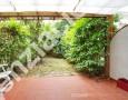 Immobiliare Cieffe - pranzo all'aperto di villetta al mare di Marina di Massa