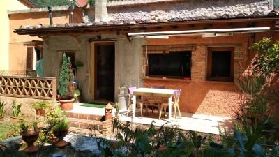 Casa Semi Indipendentein Vendita, Camaiore - Vado - Riferimento: cam010