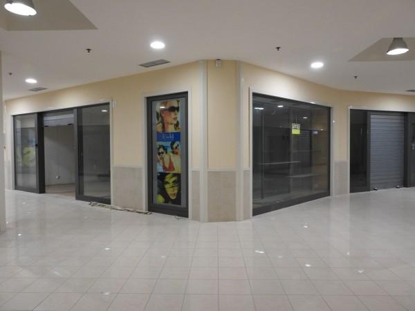 Riferimento C008_E - Locale Commerciale in Affitto a Civitavecchia
