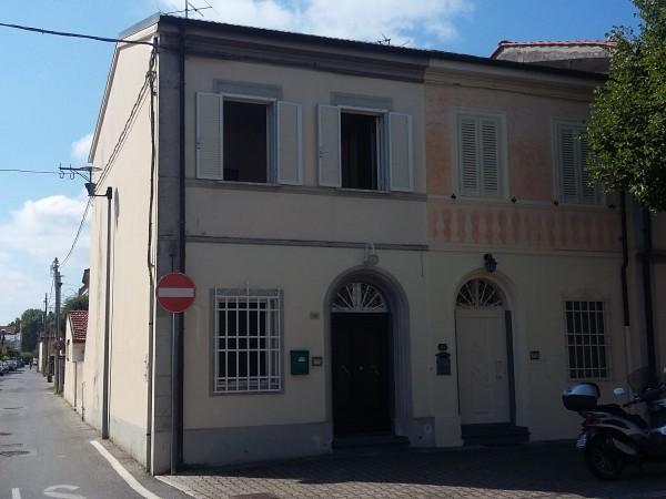 Riferimento 2L2.518 - Villa in Vendita a Torre Del Lago Puccini