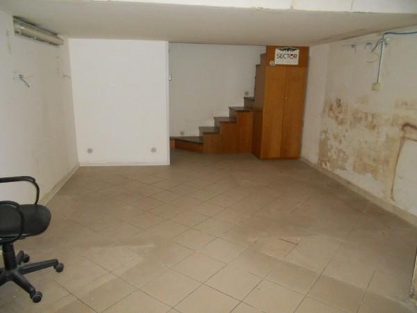 Riferimento C026_E - Locale Commerciale in Affitto a Civitavecchia
