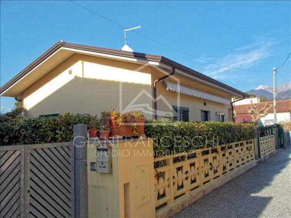 Riferimento 3013 - Villa Singola in Vendita a Cinquale