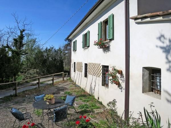 Riferimento 2433 - Casa Colonica in Vendita a Pistoia