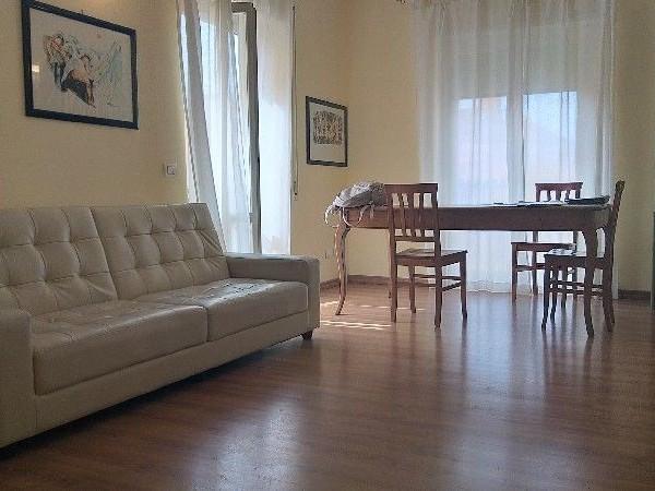 Riferimento A049R_E - Appartamento in Affitto a Centro