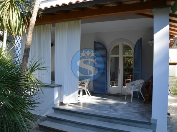 Riferimento SA133 - Appartamento in Affitto a Marina Di Pietrasanta