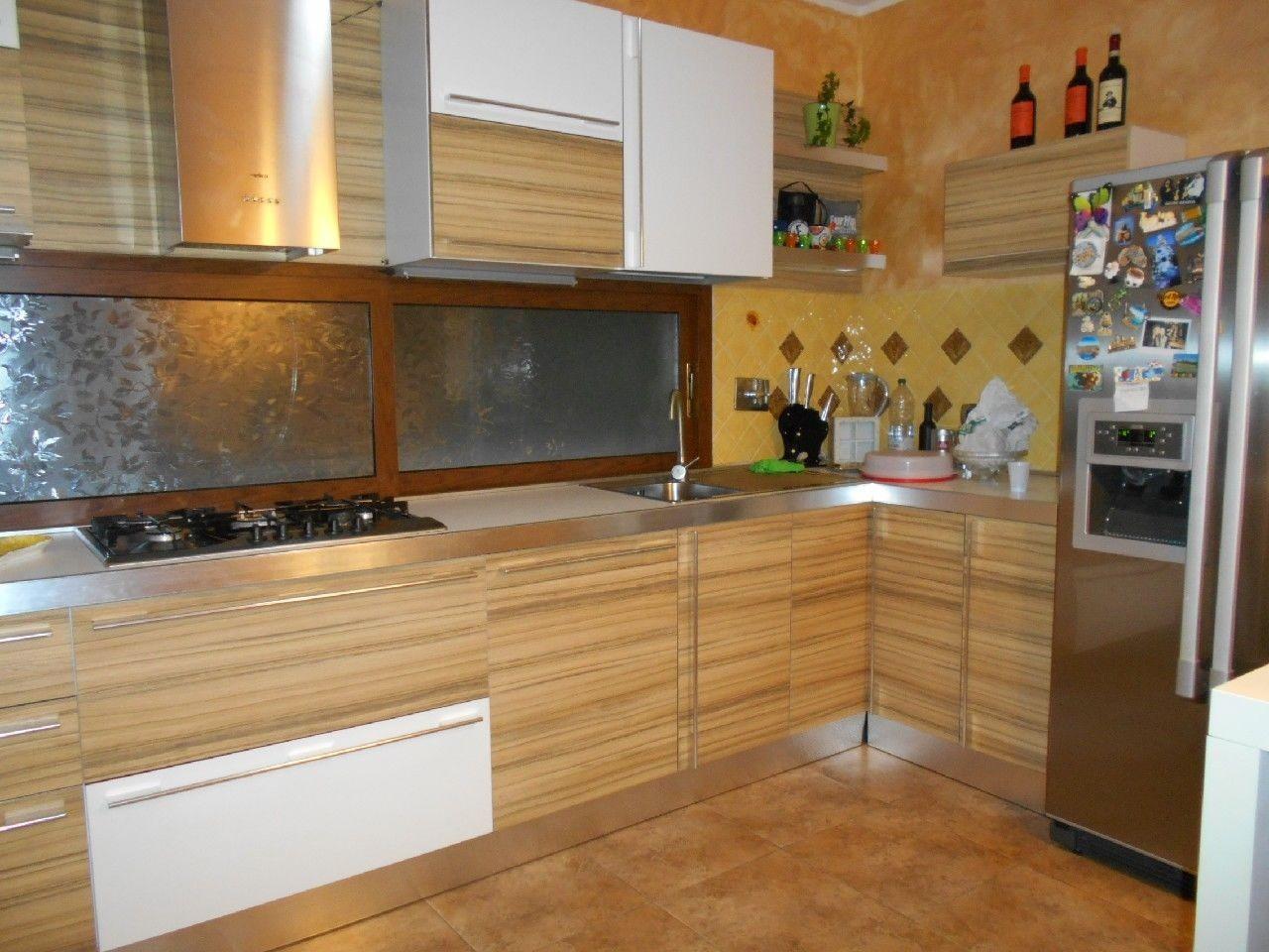 Appartamento in affitto a Santa Marinella, 4 locali, prezzo € 850   CambioCasa.it