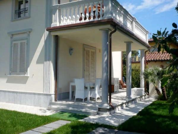 Riferimento Appartamento Vaucluse - Appartamento in Affitto a Marina Di Pietrasanta
