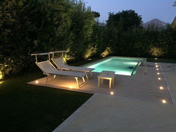 Riferimento LT 607 Villino Florida - Villa Bifamiliare in Affitto a Marina Di Pietrasanta