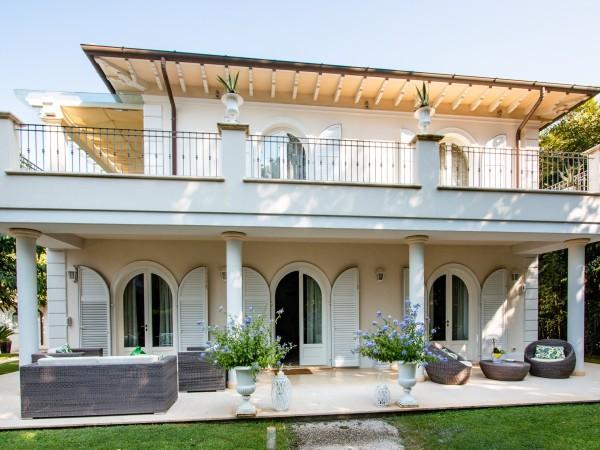 Riferimento LT 1101 Villa California - Villa Singola in Affitto a Marina Di Pietrasanta