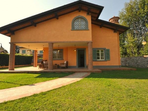 Riferimento Villa Francesco - Villa Singola in Affitto a Forte Dei Marmi