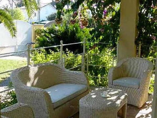 Riferimento La bougainville - Villa Bifamiliare in Affitto a Marina Di Pietrasanta