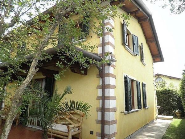 Riferimento LT 613 Villa Pesca - Villa Singola in Affitto a Marina Di Pietrasanta