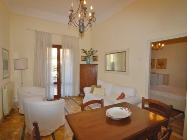 Riferimento LT 427 Oiseau - Villa Bifamiliare in Affitto a Marina Di Pietrasanta