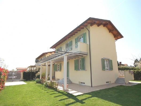 Riferimento WA 15033 - Villa Bifamiliare in Vendita a Macelli