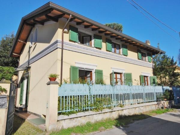 Riferimento LT 623 Les tuilles - Villa Bifamiliare in Affitto a Marina Di Pietrasanta