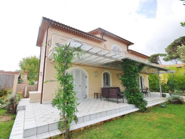 Riferimento LT 634 Villa Turchese - Villa Singola in Affitto a Marina Di Pietrasanta