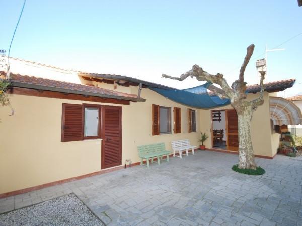 Riferimento LT 446 Casetta grecale - Casa Semi Indipendente in Affitto a Marina Di Pietrasanta