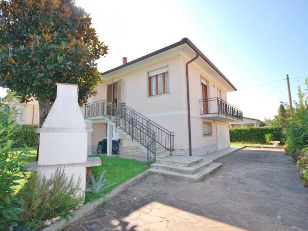 Riferimento WA 15198 - Villa Singola in Vendita a Marina Di Pietrasanta