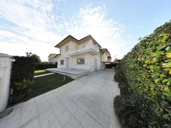 Riferimento WA 15248 - Villa Singola in Vendita a Marina Di Pietrasanta