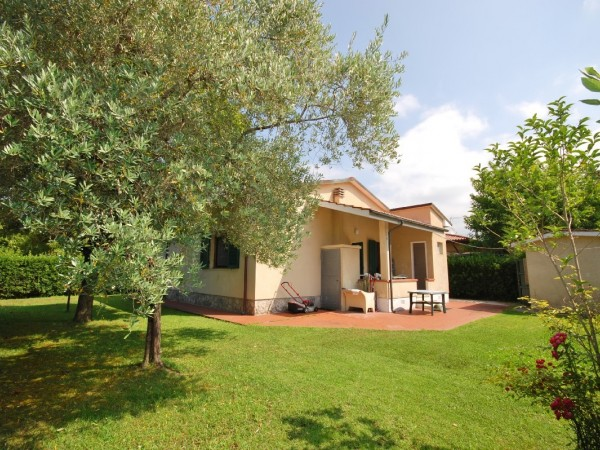 Riferimento WA 15257 - Villa Singola in Vendita a Marina Di Pietrasanta
