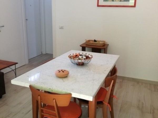 Riferimento 2111 - Appartamento Indipendente in Affitto a Pietrasanta