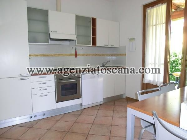 Two-family Villa for rent, Pietrasanta - Marina Di Pietrasanta -  4