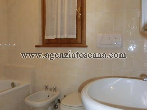Two-family Villa for rent, Pietrasanta - Marina Di Pietrasanta -  9