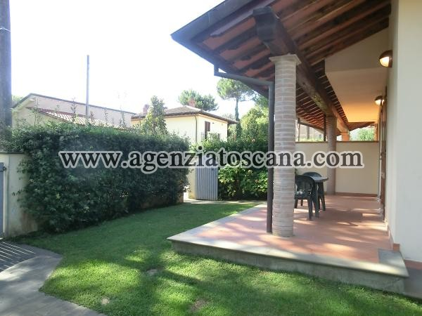 Two-family Villa for rent, Pietrasanta - Marina Di Pietrasanta -  1