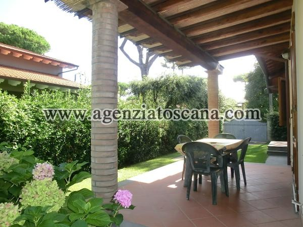 Two-family Villa for rent, Pietrasanta - Marina Di Pietrasanta -  2