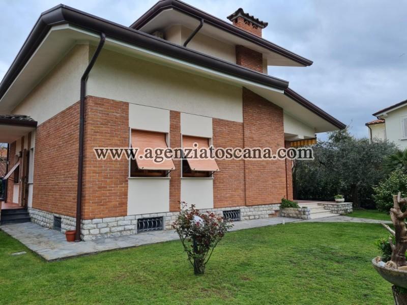 вилла за арендная плата, Forte Dei Marmi - Centrale -  0